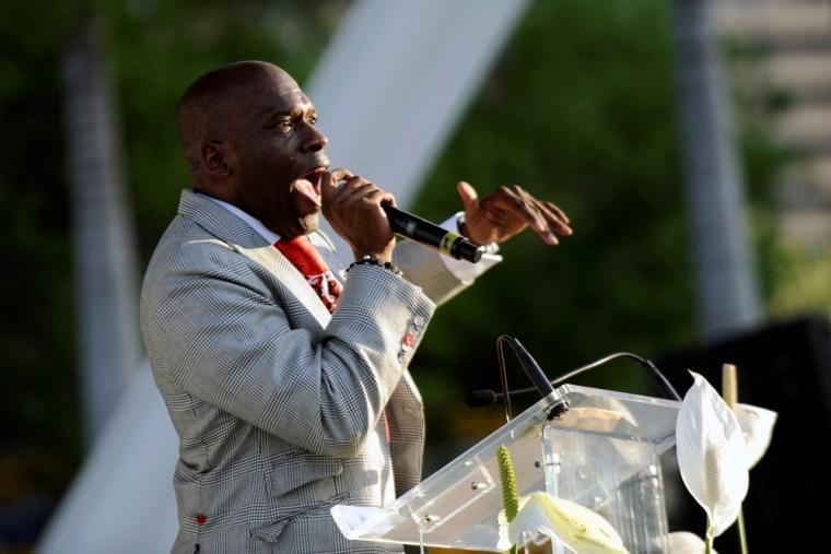 Rev. Jamal Bryant