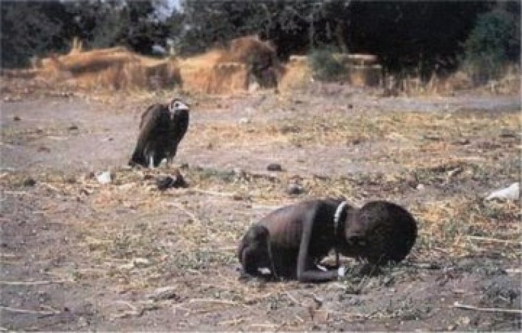 Sudanese child and a vulture