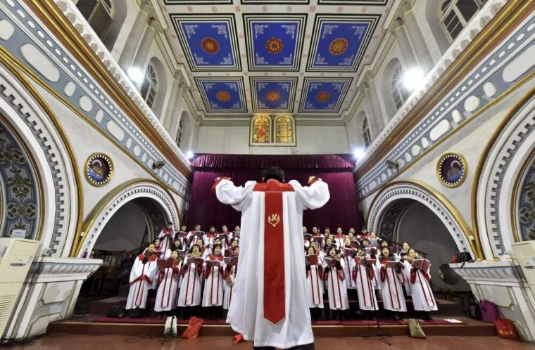 Chinese authorities slap Catholic with hefty fine for providing chapel for 'illegal' mass picture
