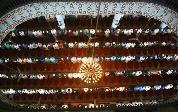 Baitul Mukarram Mosque in Dhaka, Bangladesh