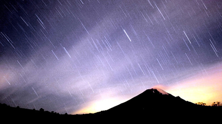 Geminids shooting stars