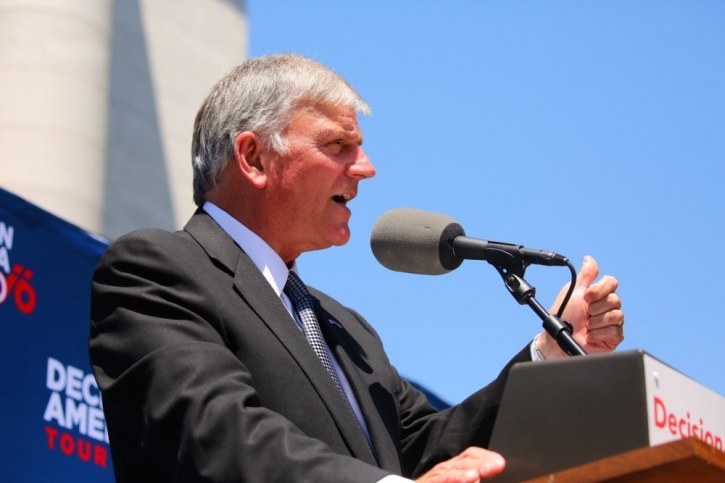 Franklin Graham Im Not Deplorable To God Even If Hillary