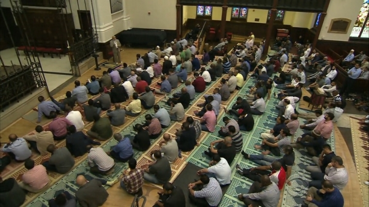 Muslims prayer