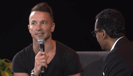 Hillsong Nyc Pastor Carl Lentz On Why His Church Won T Be Saying All Lives Matter The Christian Post