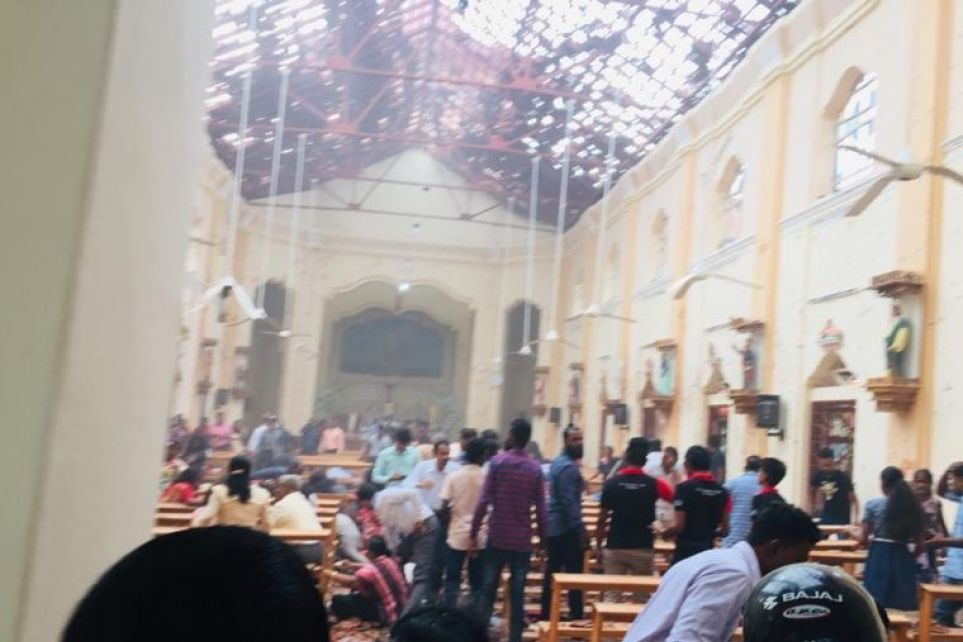 Explosions in Sri Lanka target churches, at least 185 dead on Easter Sunday