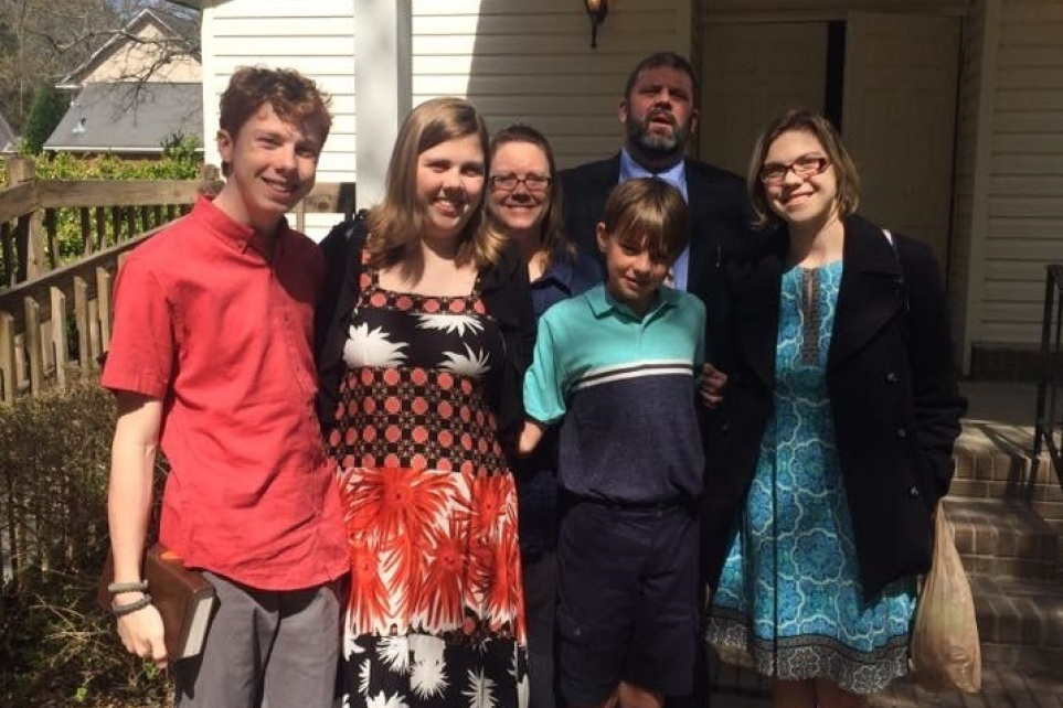 Pastor, father of 4 killed hours before Father's Day in tragic accident