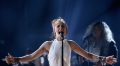 Lauren Daigle leads fans in spontaneous worship at Vancouver concert, sings 'I Exalt Thee'