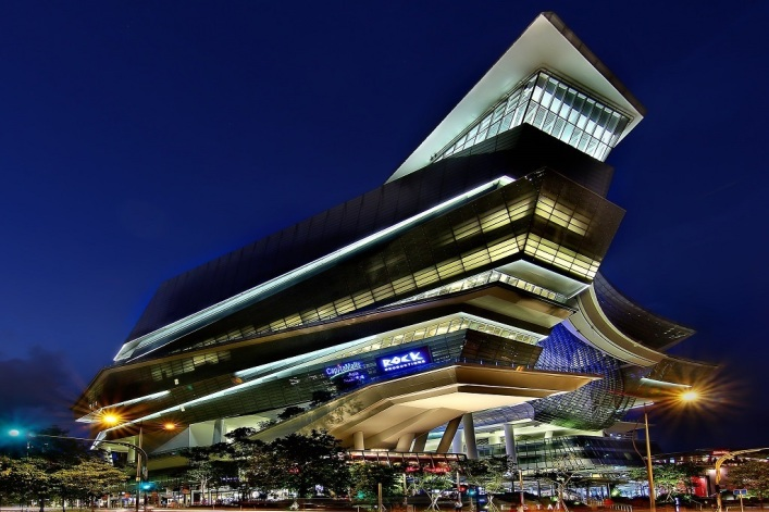 Televangelist Joseph Prince's New Creation megachurch buys mall for nearly $217M