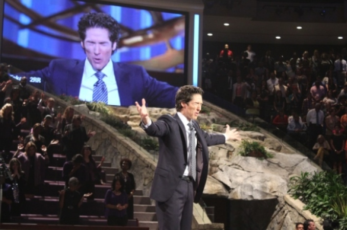 Joel Osteen's Lakewood Church to hold in-person services in October