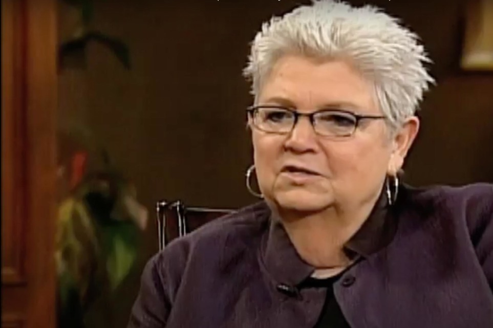 Author Luci Swindoll dies from COVID-19 complications at 88