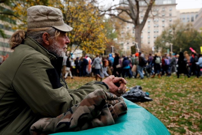 Homeless man now feeds hundreds a day: Finding our empowering purpose through service