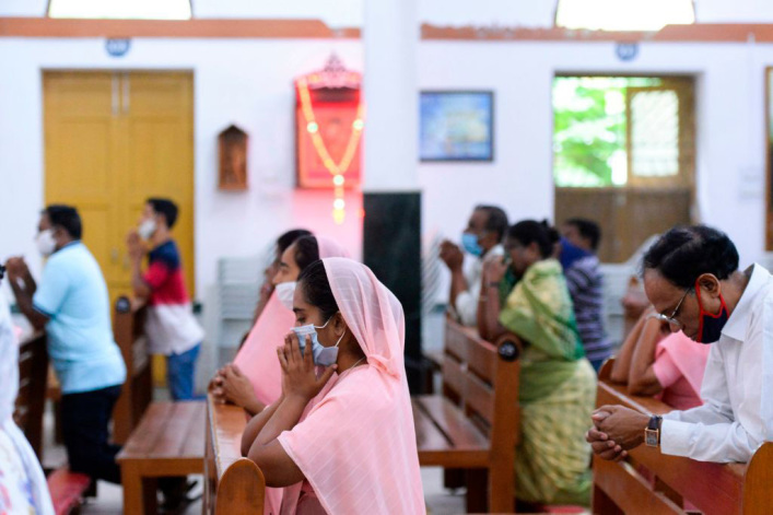 India: Axe-wielding tribal animists attack Christians during worship service, destroy church