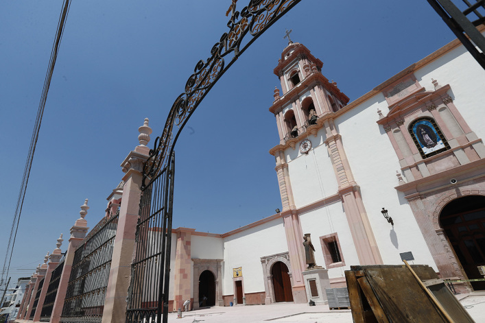 Persecuted evangelicals in Mexico help Traditionalist Catholics break free from pagan idolatry