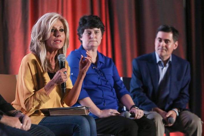 Beth Moore will face 'blackness of darkness' if she doesn't repent, Susan Heck says