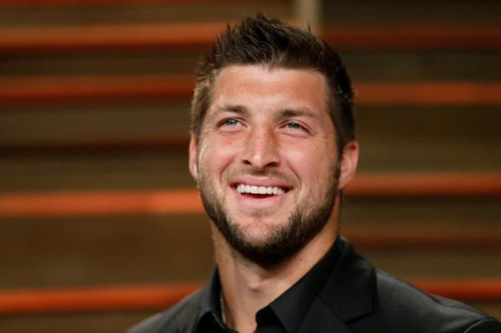 Tim Tebow signs 1-year deal with Jacksonville Jaguars amid backlash to NFL return
