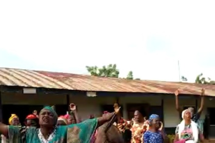 Nigeria: Parents cry out to God for safe return of 140 students, staff abducted from Christian school