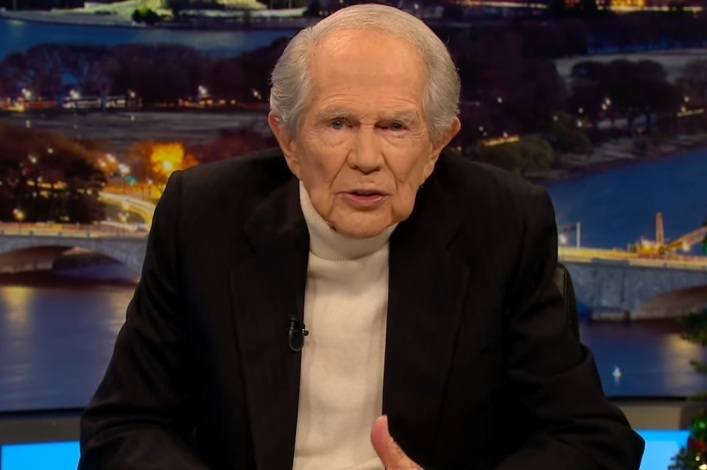 5 controversial things Pat Robertson said while hosting 'The 700 Club'