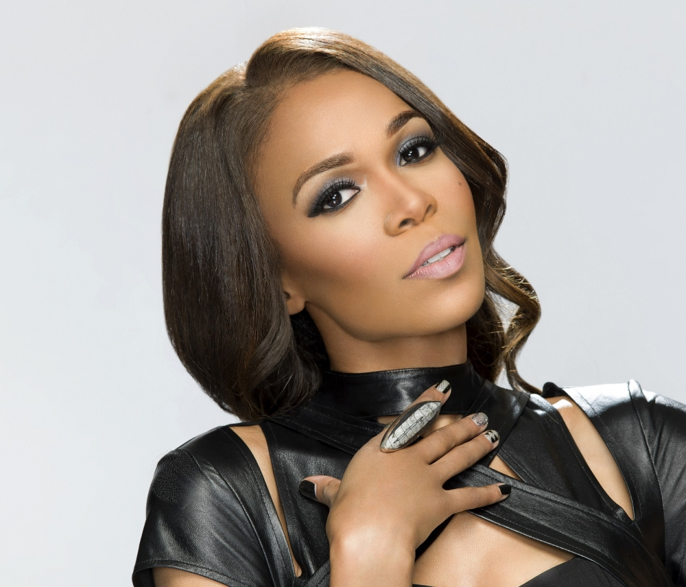 Michelle Williams 'Not Mad' Gospel Song 'Say Yes' Plays in Gay