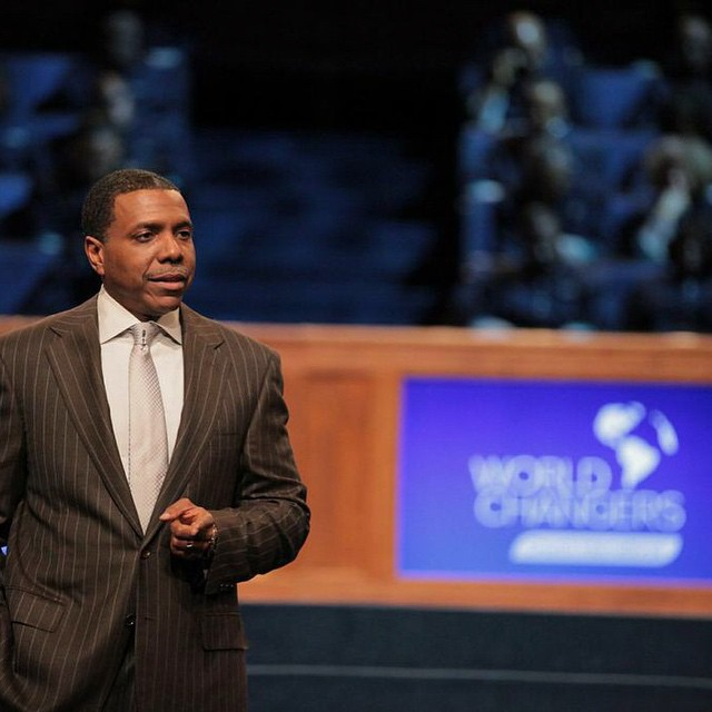 Creflo Dollar Wants You to Help Him Reach a 'Billion Souls for Jesus' for Less Than $1 a Day