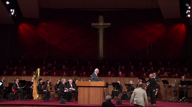 'Prophet' Confronts Pastor John MacArthur With Message 'From God' That He Is 'in Error' Before Congregation
