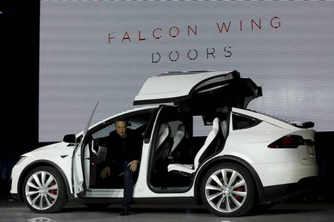 Tesla Model X Elon Musk Unveils New All Electric Suv With Falcon Wing Doors The Post