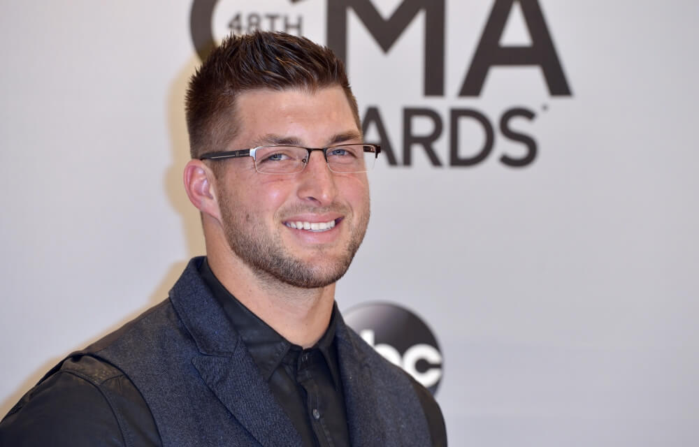 NFL News 2016: Tim Tebow Pens Book on Dealing with Life