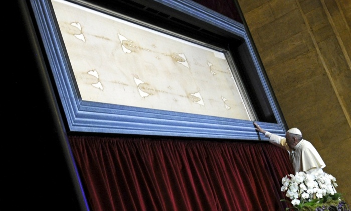 Shroud Of Turin Bloodstains Likely Fake Not Of Jesus Christ Forensic Experts The Christian Post