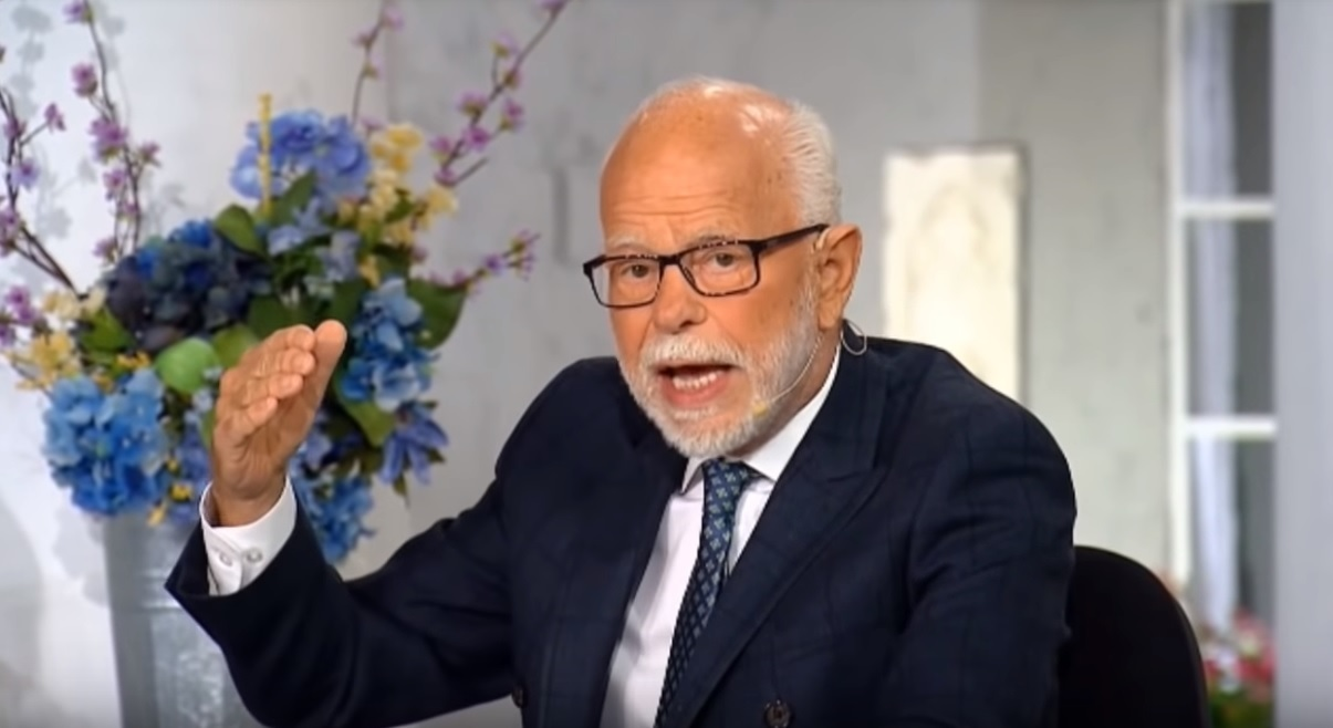 Jim Bakker says he prophesied in 2007 Trump would become