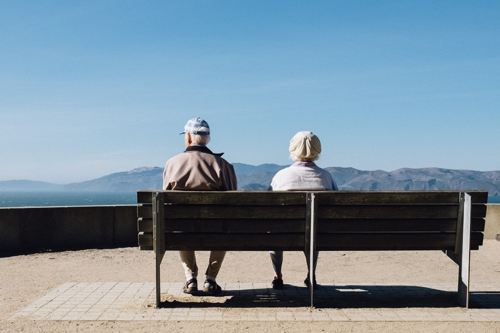 Should Christians have retirement? Book offers biblical alternative to culture of self-indulgence