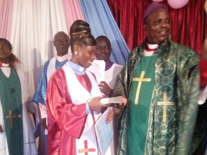 After 20 years of marriage, pastor fatally stabs wife in church then slits his own throat