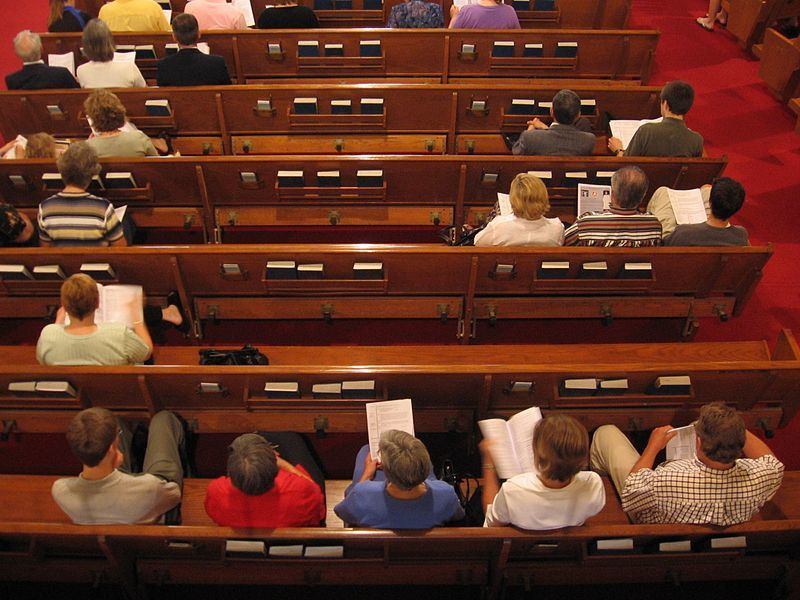 Majority of churchgoers, especially evangelicals, share political opinions of clergy: study