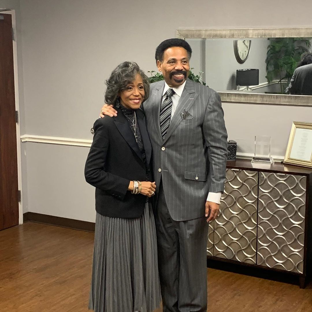 Tony Evans reveals wife Lois glimpsed Heaven before her death