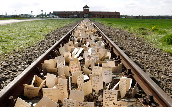 The problem with (mis)remembering the Holocaust