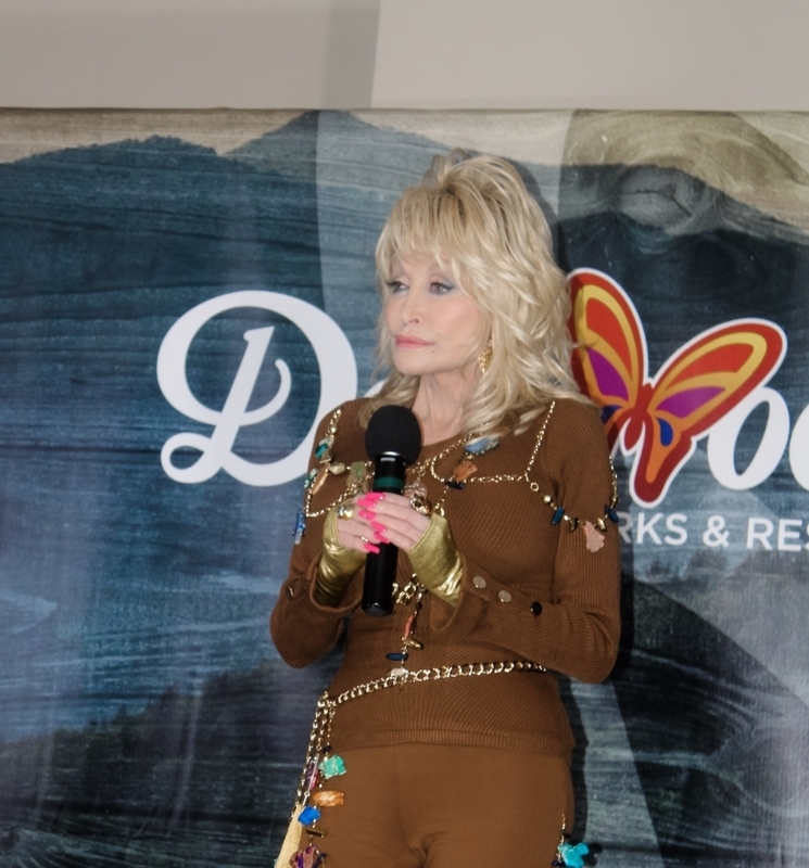 Dolly Parton reveals encouraging 'lesson' God is teaching through COVID-19: He 'is in this'