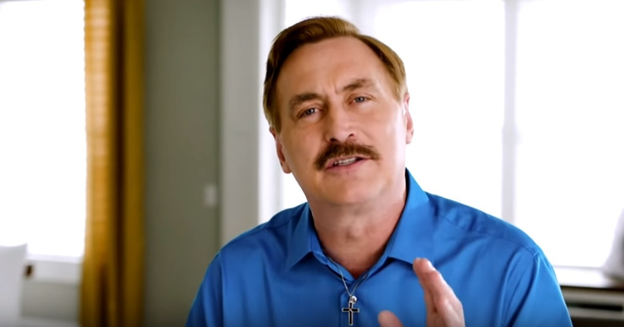 My Pillow S Mike Lindell Mocked For Comments At White House On Faith Amid Covid 19 The Christian Post
