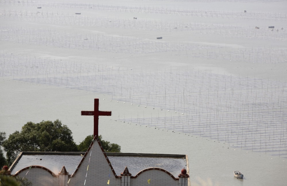 China ensures 'stability' by demolishing churches, removing crosses