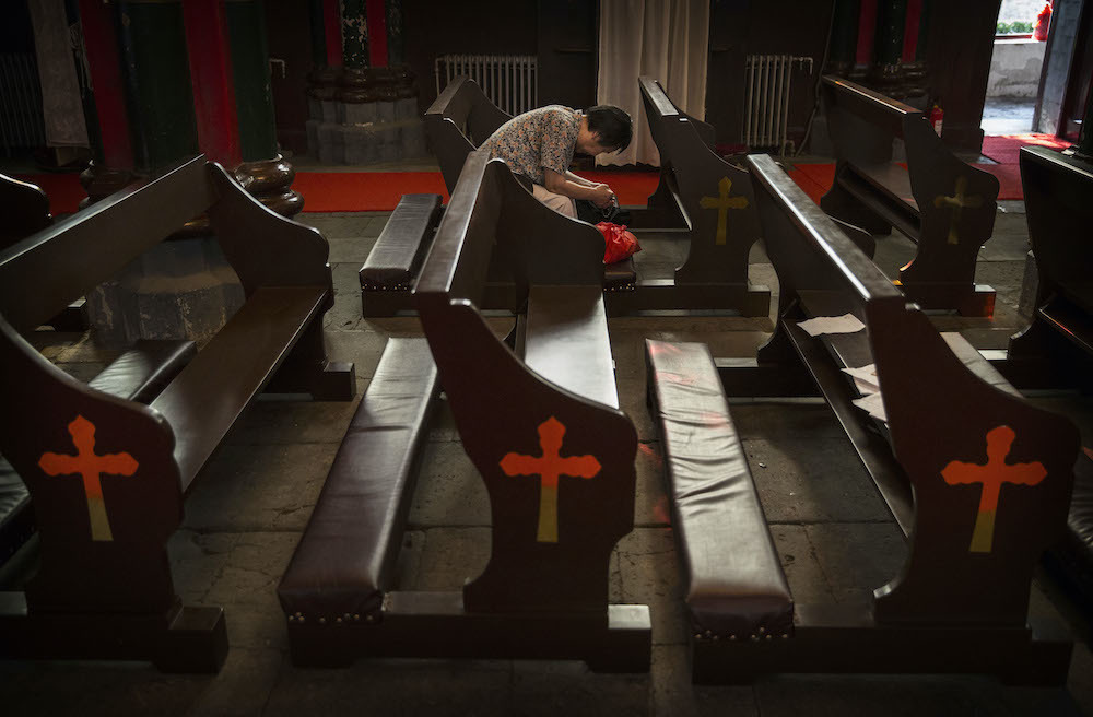 China: 200 communist officials demolish church, beat Christians