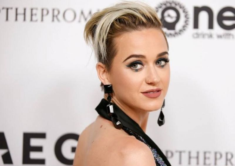 Katy Perry fought off recent thoughts of suicide by finding gratitude in God