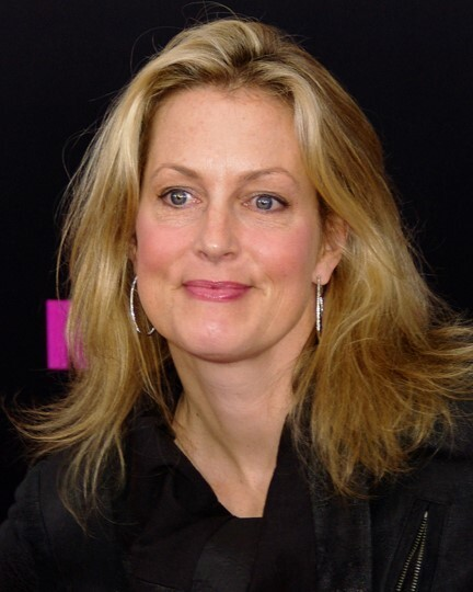 Actress Ali Wentworth says she'd watch porn with daughters: 'You can't stop them'