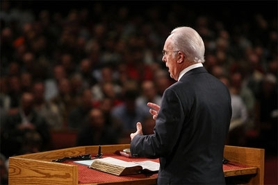 Pastor John MacArthur may face fine, arrest for holding indoor services: 'We will obey God rather than men'