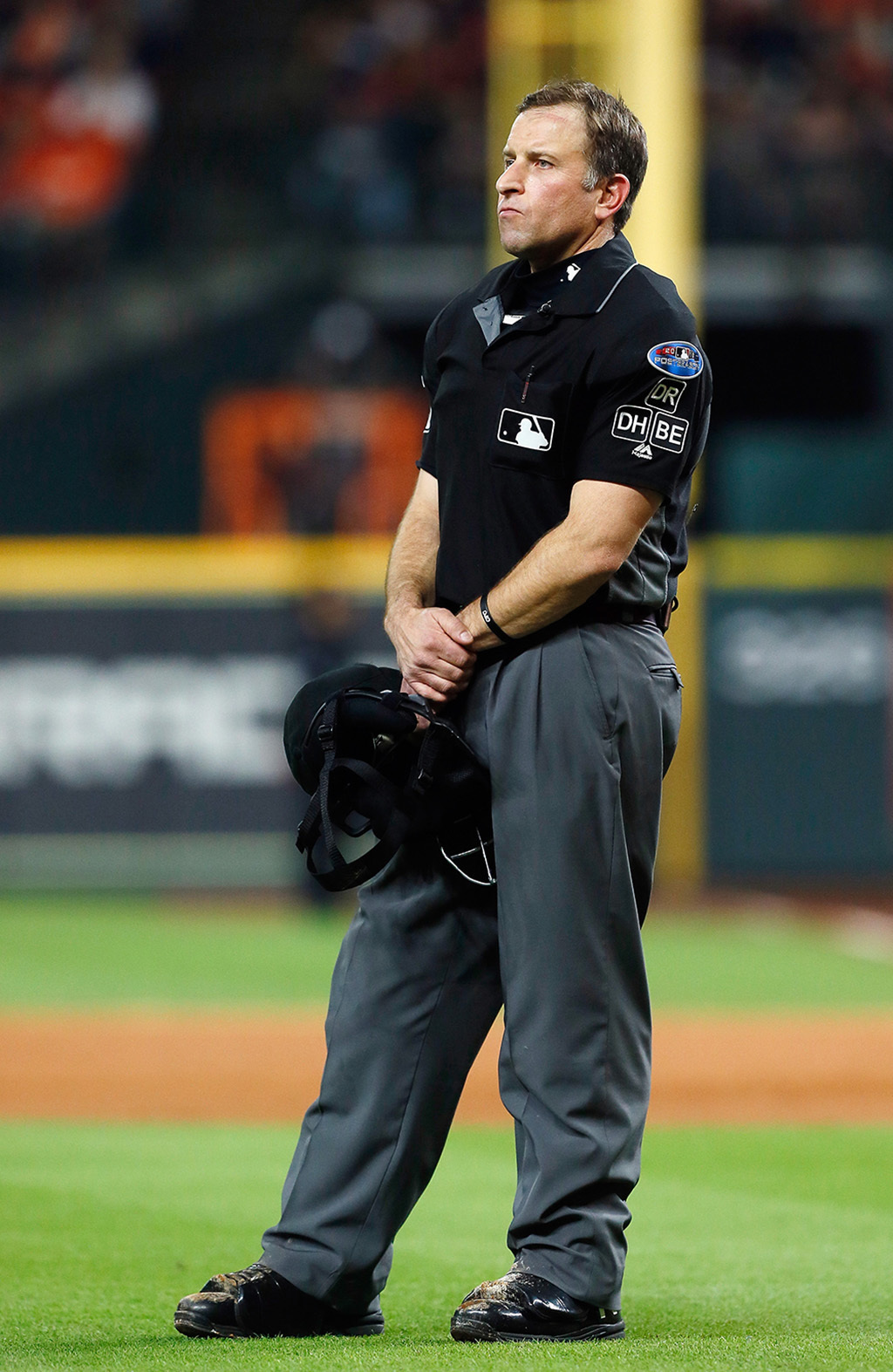 Christ-following umpire Chris Guccione returns for his second World Series
