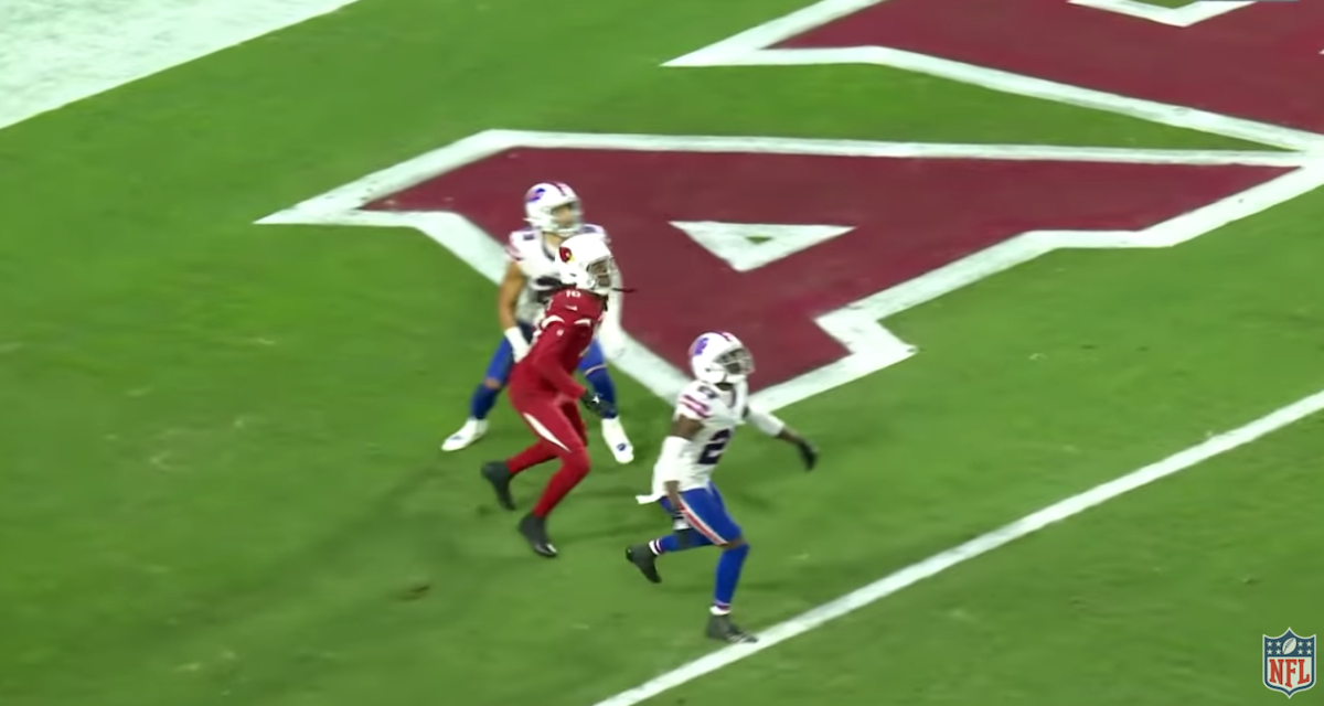 Cardinals' DeAndre Hopkins catches game-winning Hail Mary
