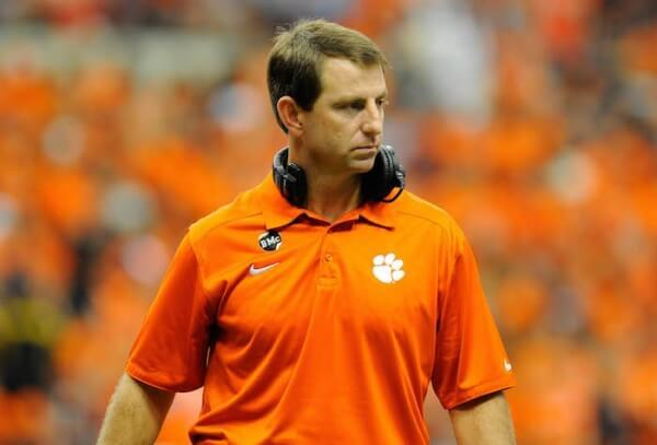Clemson coach Dabo Swinney's advice to teen: 'Build your life on a foundation of faith'