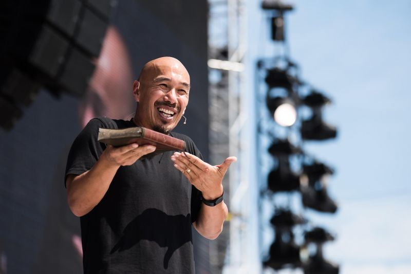 Francis Chan on Division in the Church is an 'Abomination'