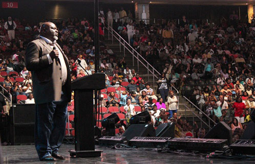 Father's Day: Bishop TD Jakes Gives Dads Encouragement - The