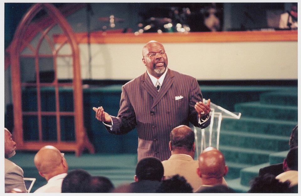 Bishop TD Jakes to Celebrate 35th Anniversary at Star-Studded Gala